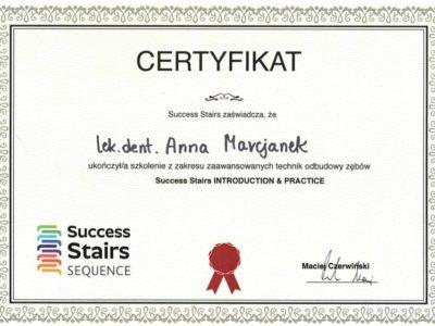 Dr Marcjanek certyfikat 9 - <span>lek. dent. Anna Marcjanek</span><br/>specjalizacja w dziedzinie protetyki stomatologicznej